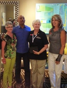 Karen Shelton, Montel, Andrea Lawrence (with award presented by Montel) and Susan France
